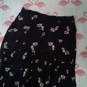 Torrid Prairie style maxi skirt